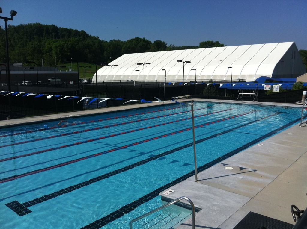 Fort Sanders Health and Fitness Center outdoor pool