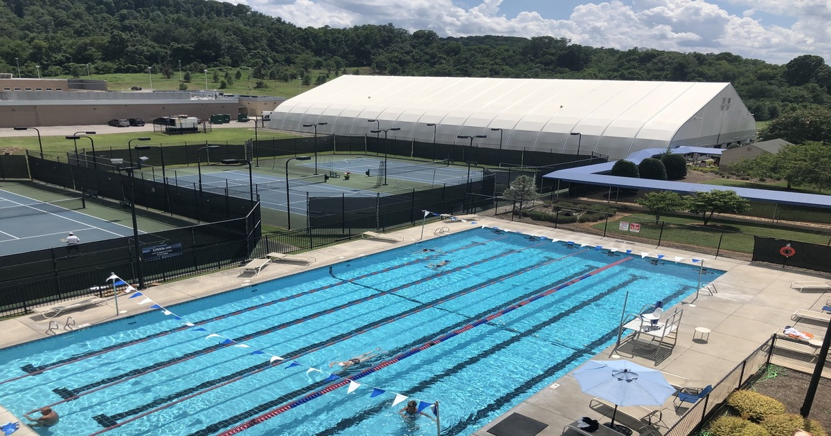 Outdoor Pool Knoxville